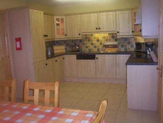 Millstone Cottages : Everything you need in a kitchen