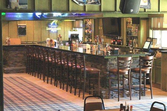 Quality Inn Near Fort Benning: AJ's Onsite Bar & Lounge