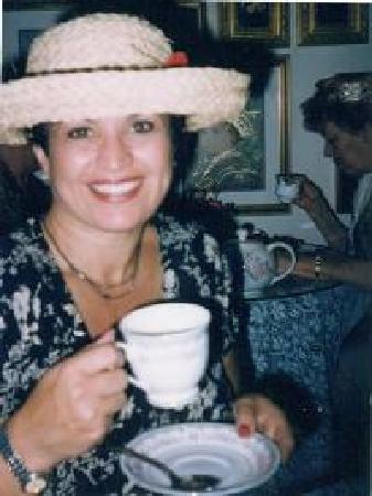 Emerald Necklace Inn: Gloria Kemer The Innkeeper and Tea Room Hostess