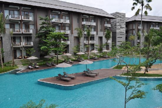 Courtyard by Marriott Bali Nusa Dua Resort: pool