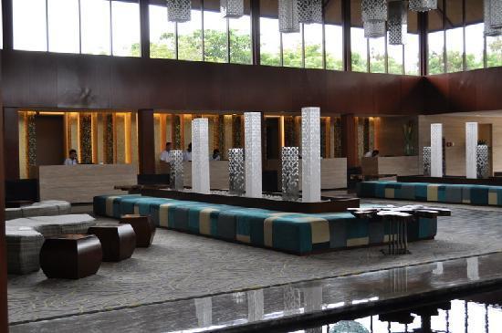 Courtyard by Marriott Bali Nusa Dua Resort: lobby