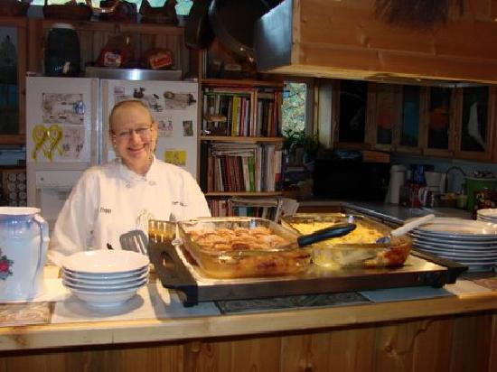 Upper Kenai River Inn: Peggy's Breakfast
