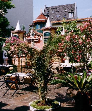 Hotel & Ristorante Don Giovanni: unser Sommergarten