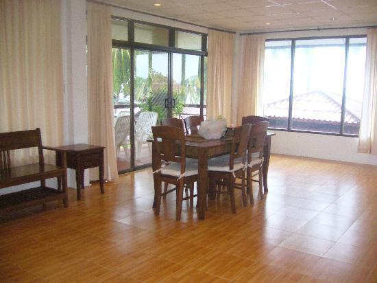 Phangan Cabana Resort: salle a manger