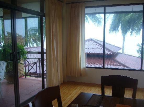 Phangan Cabana Resort: salle a manger - vue