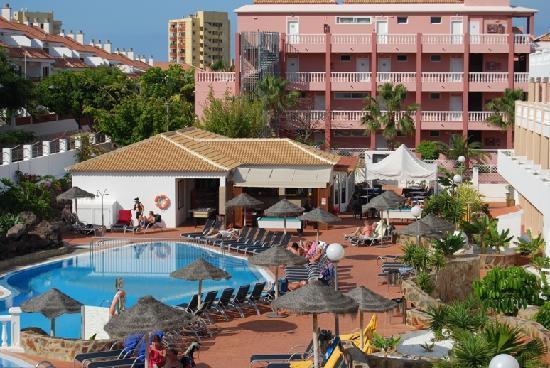 Marola Portosin: Outside Pool Bar Area