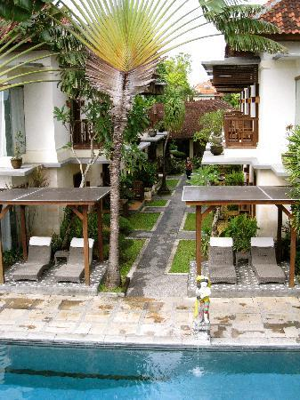 Respati Beach Hotel - Sanur : The wing of the hotel I stayed in