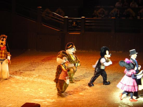 Buffalo Bill's Wild West Show with Mickey & Friends: Buffalo Bill