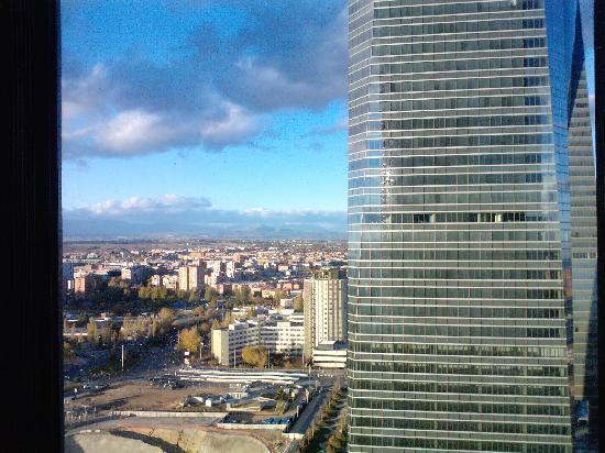 Eurostars Madrid Tower: vistas desde habitacion