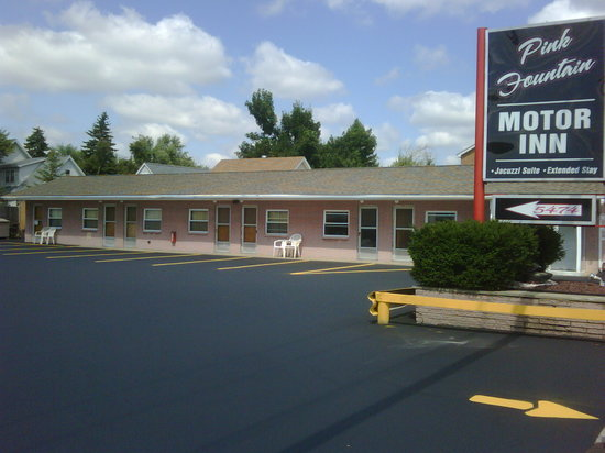 Pink Fountain Motor Inn East Updated 2016 Reviews Photos Price Comparison Depew Ny