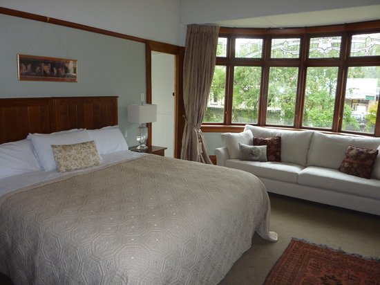 Olivers Central Otago: our sumptuous bedroom was also comfortable