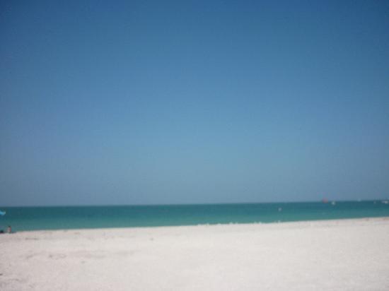 Sand Key Park beach