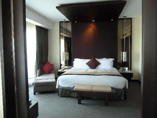Sofitel Philippine Plaza Manila: Sleeping area