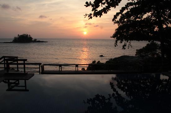 Nirwana Gardens - Indra Maya Pool Villas: The sunset is absolutely memorable.