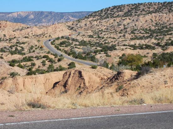 Santa Fe, NM: Road to Chimayo