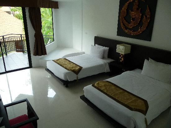 Nai Yang Beach Resort and Spa: chambre double