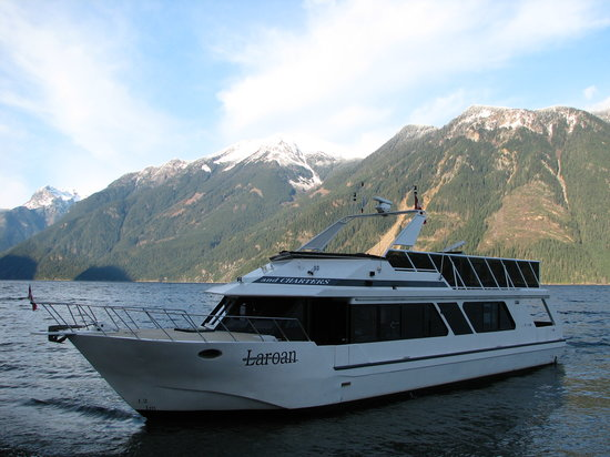 Shoreline Tours and Charters: Shoreline Tours & Charters