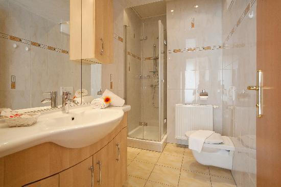 Gästehaus Sonnblick: Badezimmer