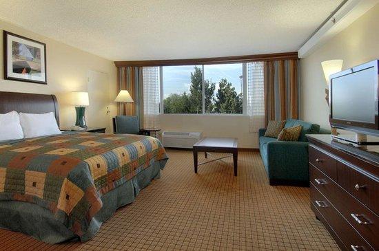 Doubletree by Hilton Hotel Denver - Stapleton North Primium King Non-Smoking