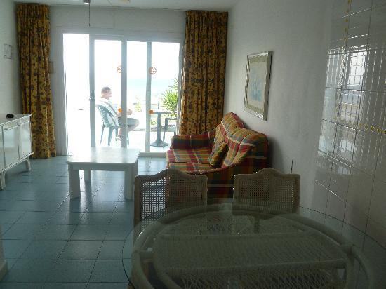 Bellevue Aquarius Our Apartment