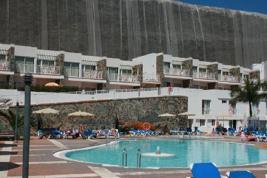 Hotel Altamadores : Bilde av bassenge med hotellrommet i bakgrunnen