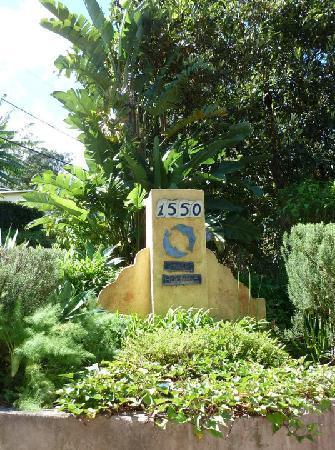 Hale Ho'omana: Beautiful entrance