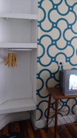 06 Soho Suites: Trendy closet