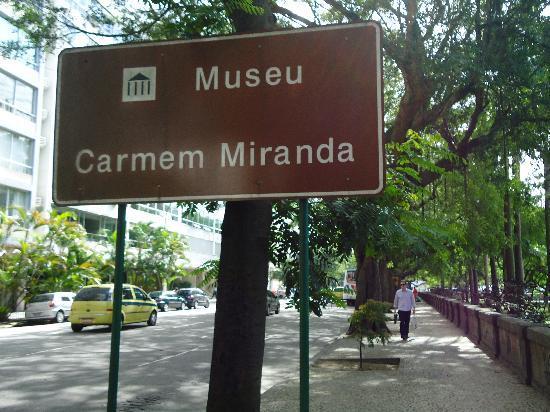 Carmen Miranda Museum : Entrada al Museo