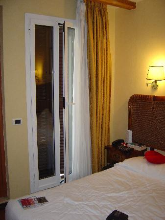 Hotel Impero: room