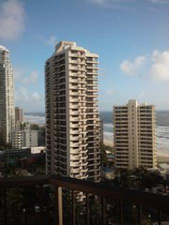 Surfers Century Apartments: Balcony
