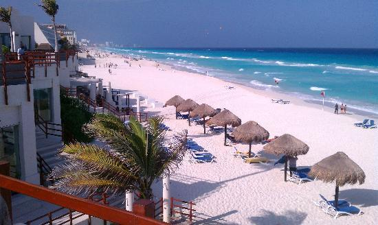 Grand Oasis Cancun: the beach of course