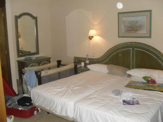 Hotel Dunas Suites and Villas Resort: Hotel room  bedroom, suit