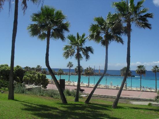 Hotel Dunas Suites and Villas Resort: Amadores beach - beutiful - but not childrenfriendly!
