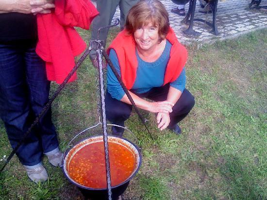 Anett Villa : Angela beim Weinfest 2010