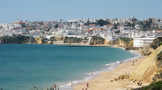 Hotel do Cerro: beach walk