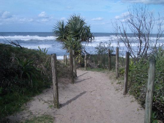 Horizons at Peregian: To the Beach we go!