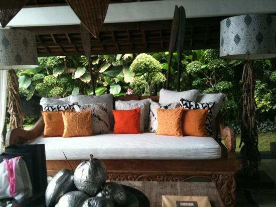 Oazia Spa Villas: awesome day bed