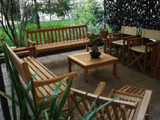 Hotel Colombia: Giardino