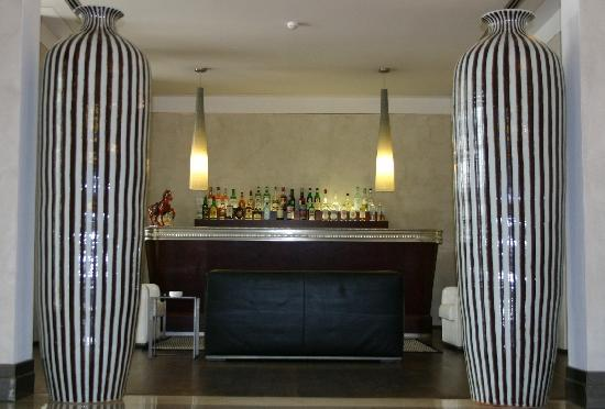 Hotel Colombia: Bar