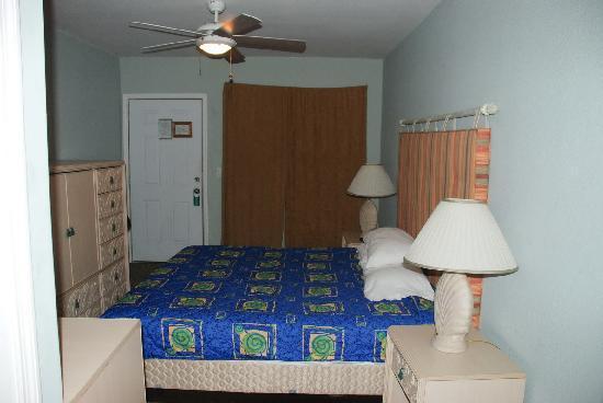 Motel Blu: Room