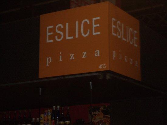 nuevas amogas holandesas en eslice pizza en la boqueria