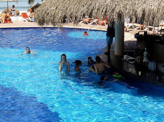 Foto De Marival Resort Amp Suites Nuevo Vallarta Pool Bar Tripadvisor