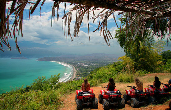 Playa Flamingo, Kosta Rika: ATV Tours and Beach Safaris.