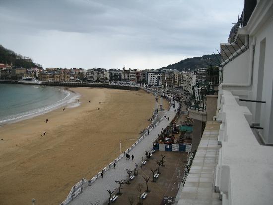هوتل نيزا: Hotel Niza balcony's facing water and beach