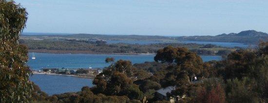 A bientot Seayu Lodge : A bientôt Seayu Lodge, view on ocean, lagoon and harbour
