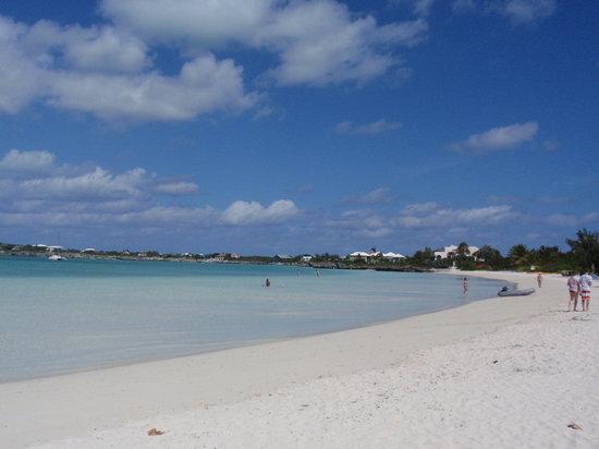 Turks- und Caicosinseln: Sapodilla Bay