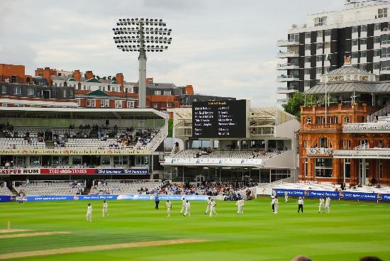 Lord's Cricket Ground: Players back onto the sacred turf