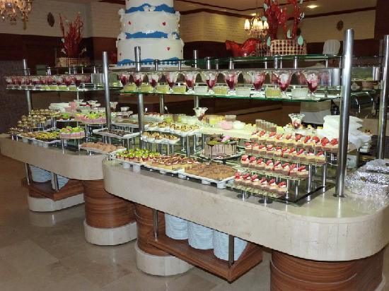 Adalya Resort & Spa: Buffet