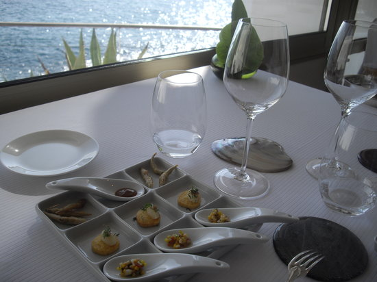 Le Petit Nice : Food and View compete for your attention