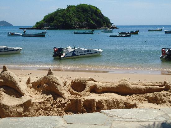 Armacao dos Buzios, RJ: Esculturas de arena, en las playas.